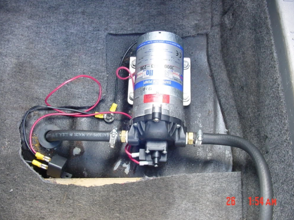 Scavenge pump for oil return to the engine.